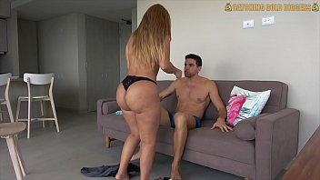 venezuelan big booty gold digger gets fucked after pussy20 com a workout