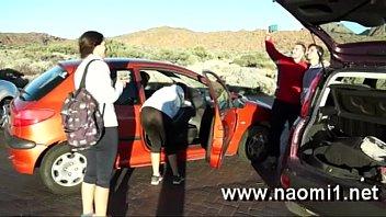 nip gonzxxx on a road by naomi1