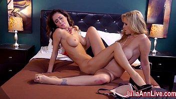 swingp com hot milf julia ann is a lusty lesbo