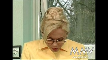mmv films xvideos3 kelly trump loves a dp and a facial