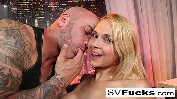 hot boobs sucking gif sarah gets some good dick