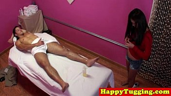 anybunny com real jap masseuse rubs customers dick
