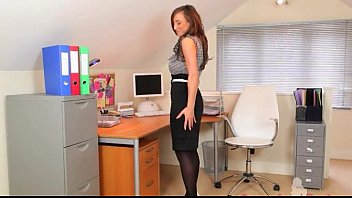 this is my brand new secretary 21 natural com in office