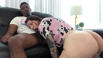 babygirl elle sucks live sexy and fucks daddy panda