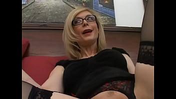 horny nina hartley goes fukking videos down and gives fantastic blowjob