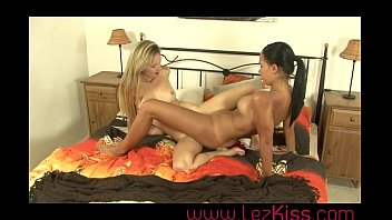 lesbians oil massage for girls in rimming in bed