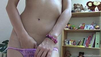 gorgeous brunette shows 18clips net off her body and masturbates