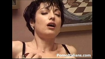 moglie italiana inculata - sesso anale - italian nudist log wife italian woman mature