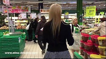 xxxx hdvideos flashing my body in public in a shopping center