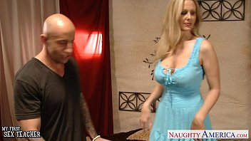 chesty sex viedo blonde teacher julia ann fucking