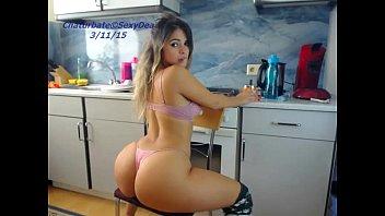 teen sexydea flashing pussy on www desi baba com live webcam