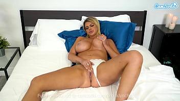 big tittied milf masturbates ala nylons before her husband comes home