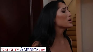 naughty america - chloe amour fucks neighbor to thank him for sex vedio his pest control help