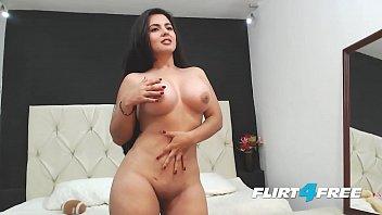 beautiful sarah harper reveals her big tits and ass makeherwantsex net with striptease