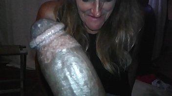 kellie enjoys suckin on free porm a big black cock.