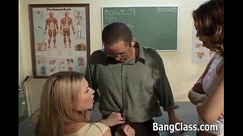 teacher www xnxx com2016 fucking 2 sexy schoolgirls