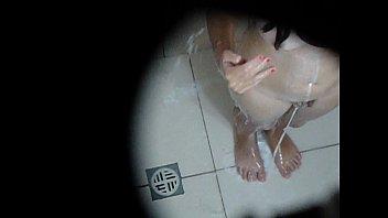 camera escondida e gatinha tomando mia khalifa nude pics banho linda bucetinha.avi
