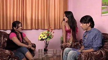 akeli bhabhi www pissing com ji ghar pe