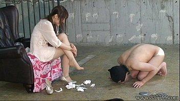 japanese anushkasex femdom emiru otohime foot worship