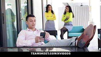 stepsiblings - busty ebony stepsisters alina sexy video dekhni hai belle maya farrell share stepbro s cock