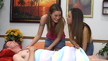 two y. teens prn hub double blowjob
