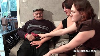 ffm twisty babes two french brunette sharing an old man cock of papy voyeur