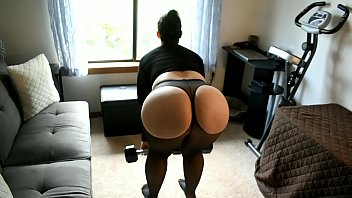 pawg mom sexclips com does leg workout in sheer spandex with curtains open