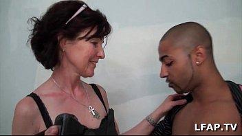 mature francaise se fait demonter le cul www pornwap pour sa sexetape