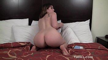 yanks sosha belle having fun xxnx2 with anal beads