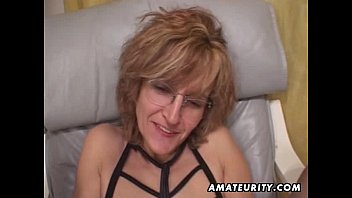 mature amateur ponhub com wife gives head with cum in mouth