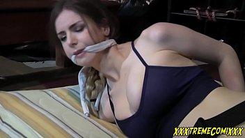sanny leon saxy video interrogating lara croft