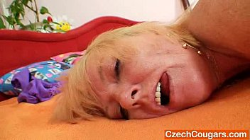 blond-haired amateur lady first xxxx movis time flick