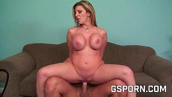 naked women having sex milf rubia exigente de tetas grandes