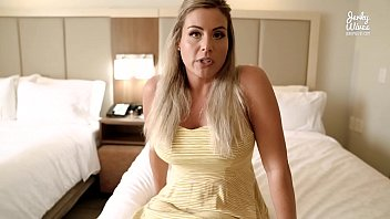 coco vandi xvideoa2 in on vacation with step mom and she has a secret