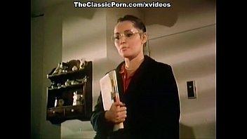 how to seduce xxx play video com professor in classic porn movie