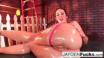sexy jayden jaymes plays man sucking girl pussy with her huge tits