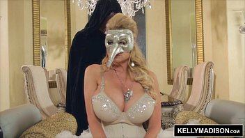 kelly sexiy video madison masquerade sexcapade