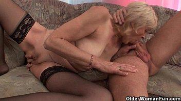 xvidio grandma in stockings gets a facial