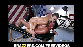 abbey brooks gets oiled up and sexso rubbed down by her masseur