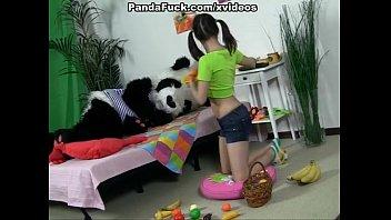 attractive brunette girl 3gp king vedio seducing panda bear
