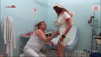 hot nurse pissing womenfuck in a glass for gynecologists exam