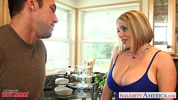 voluptuous www xnss blonde mom maggie green gives titjob
