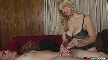 sexy japan sex scandal blonde masseuse