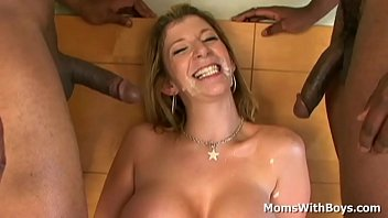 mature sara doctor xxx jay gets a double penetration from the new tenants