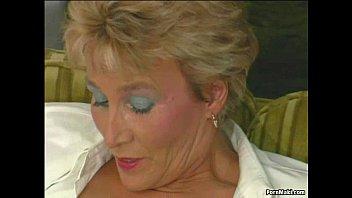sex grils granny tries anal