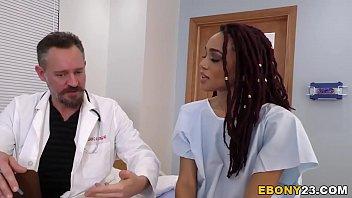 busty ebony julie kay having group sex hot chudai photo in hospital