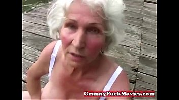 check sssxx out this dirty grandma