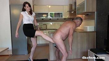 sexy woman boobs gunther the nutcracker