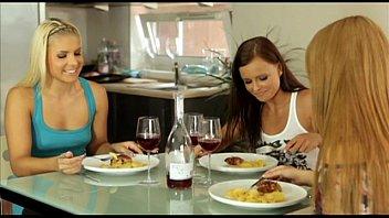 lounge act 3x video - jo antonia and brandy