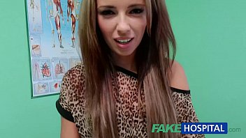 fakehospital spying on hot young babe having momsexvideos special treatment